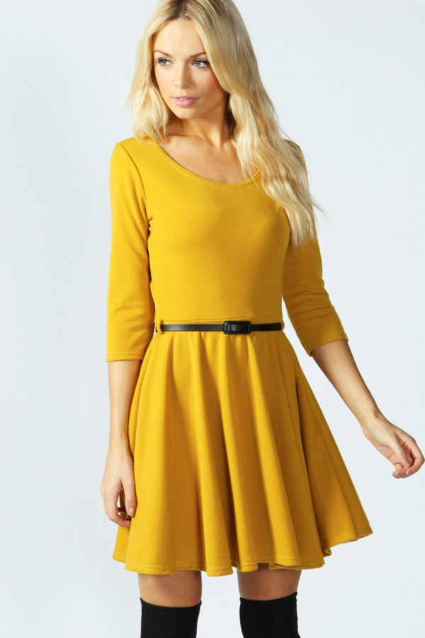 robe-patineuse-avec-manches