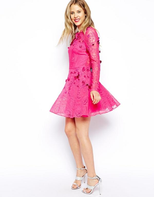 robe-patineuse-modèle-rose