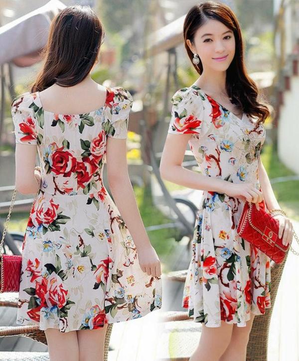 robe-patineuse-motifs-floraux
