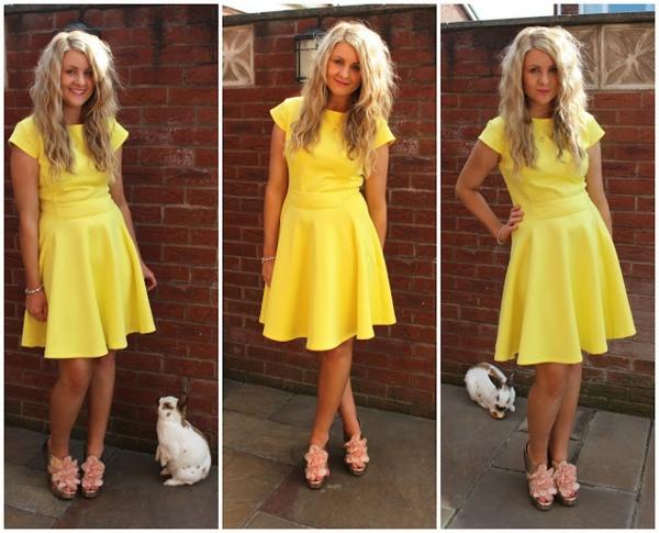 robe-patineuse-une-robe-jaune