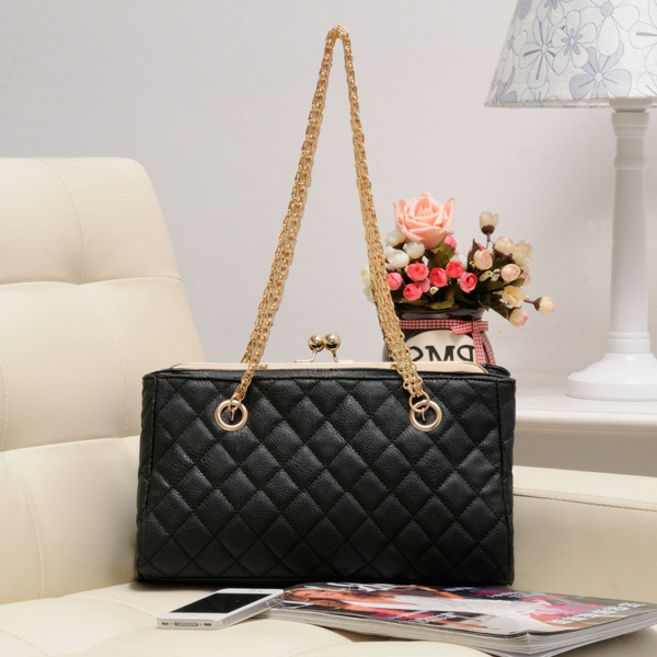 sac-matelassé-style-vintage-noir