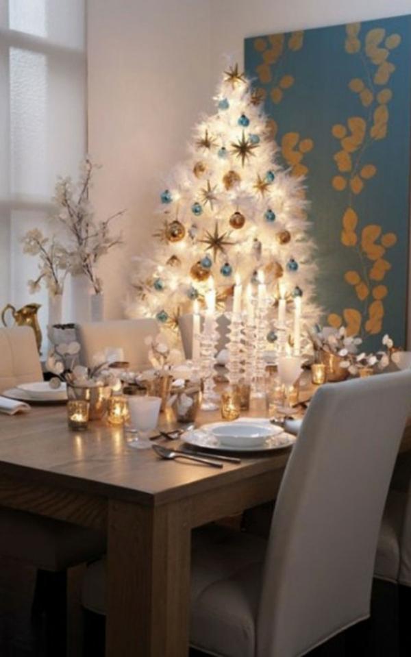 sapin-de-noel-blanc-table-de-déjeuner