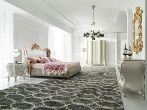 suspension-baroque-chambre-à-coucher-spacieuse-adorable