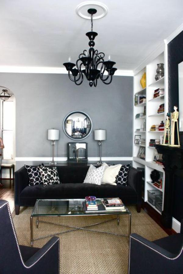 suspension-baroque-noire-dans-une-salle-de-séjour