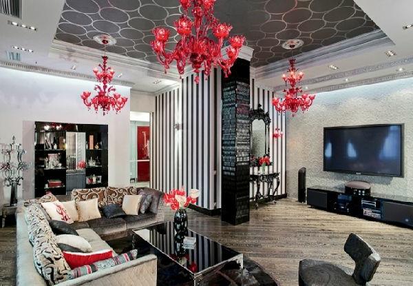 suspension-baroque-trois-suspensions-rouges-magnifiques
