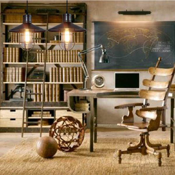 suspension-industrielle-chaise-en-bois-industrielle