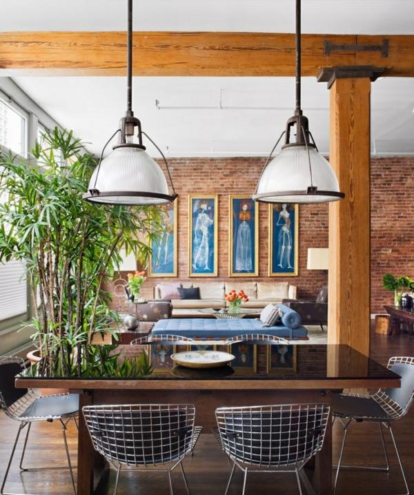 suspension-industrielle-deux-lampes-industrielles-piliers-en-bois-mur-en-briques