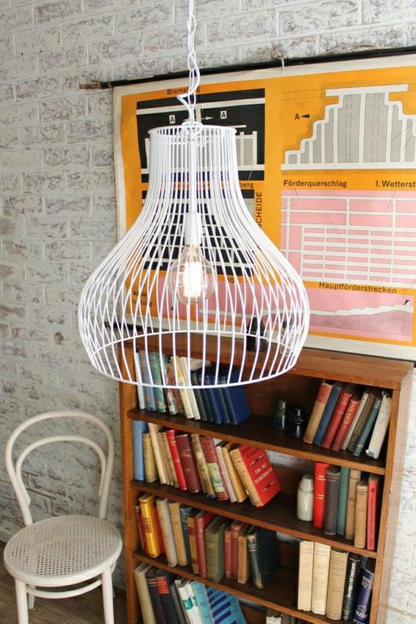 suspension-industrielle-lampe-cage-blanche