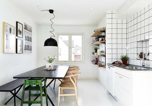 suspension-industrielle-noire-dans-une-cuisine-blanche-et-moderne