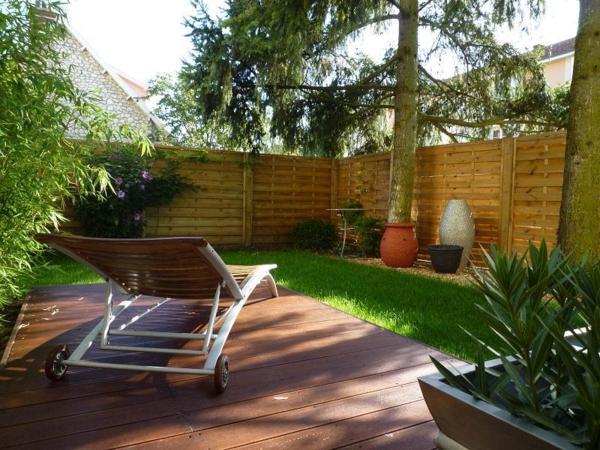 nos idées pour l' aménagement de terrasse a vec un sol du bois
