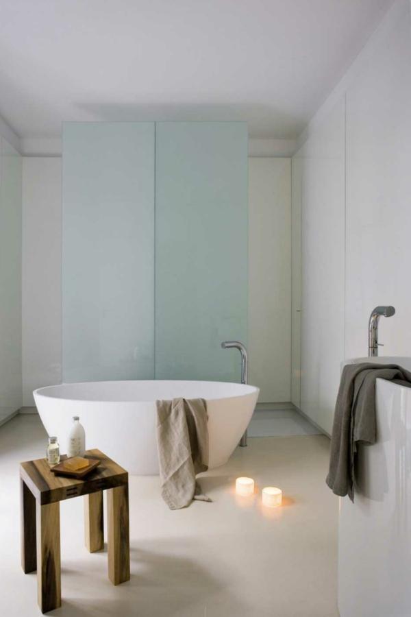 unique-baignoire-rond-et-futuriste