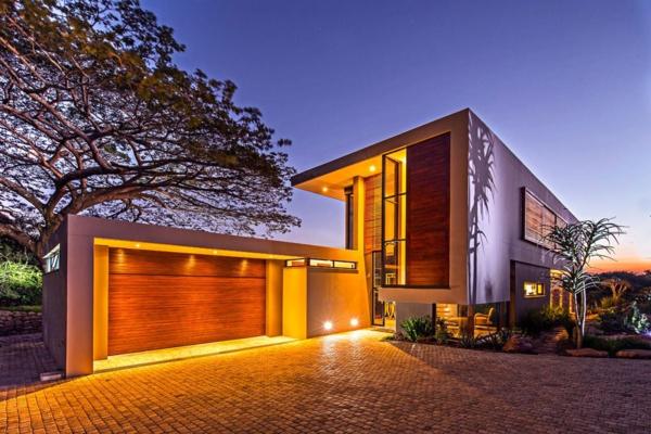 unique-maison-contemporaine-avec-un-style-élégante-et-construction-en-bois