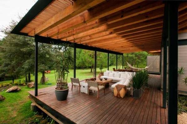 L\' aménagement de terrasse avec un sol du bois - Archzine.fr