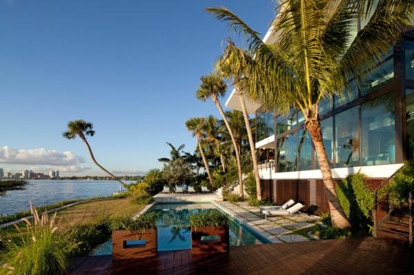 Coral-Gables-House-by-Touzet-Studio-resized