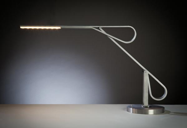 Lampe-bureau-en-fer-minimalsite