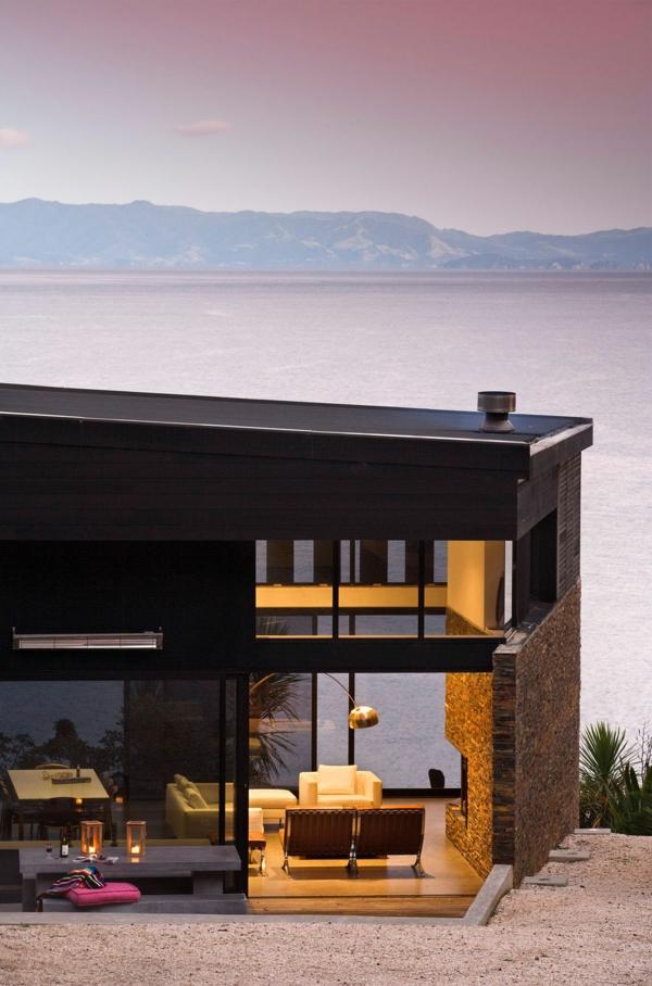 Waikopua-House-by-Daniel-Marshall-Architects-resized