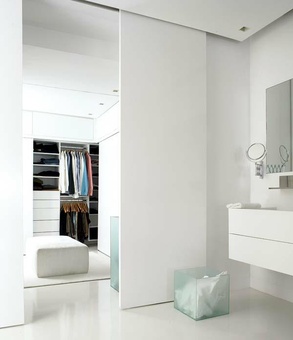 White-Sliding-Doors-Drawer-in-Bedroom-Apartment-Design-of-Duplex-Alicante-resized