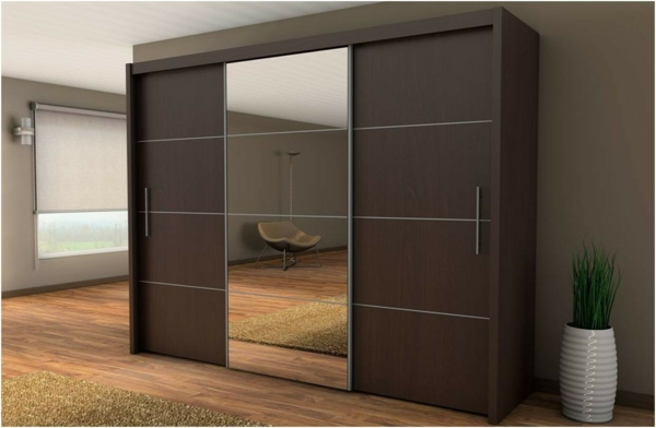 l 39 armoire avec porte coulissante pour la chambre a. Black Bedroom Furniture Sets. Home Design Ideas
