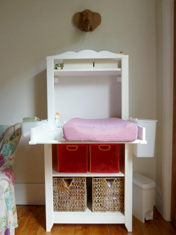 armoire-escamotable-pour-changer-le-bebe