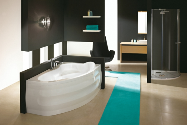 mod les de baignoire asym trique. Black Bedroom Furniture Sets. Home Design Ideas