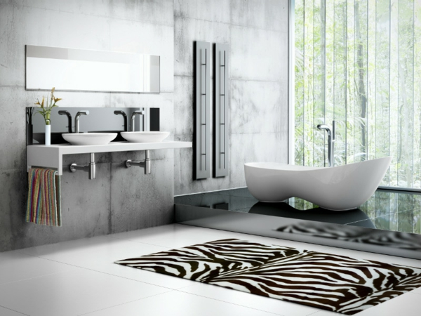 baignoire-asymétrique-et-salle-de-bains-fantastique