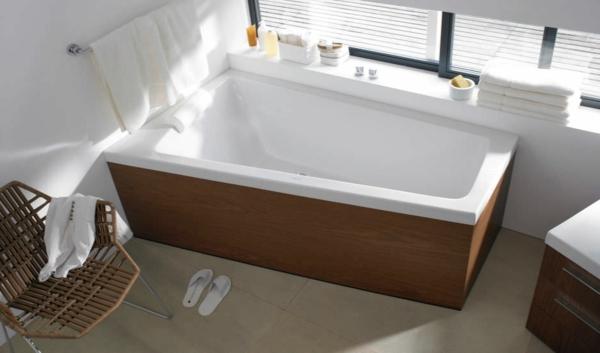 baignoire-asymétrique-l'extérieur-en-bois