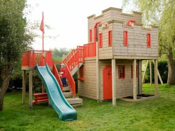 cabane-de-jardin-pour-enfant-éléments-déco-rouges