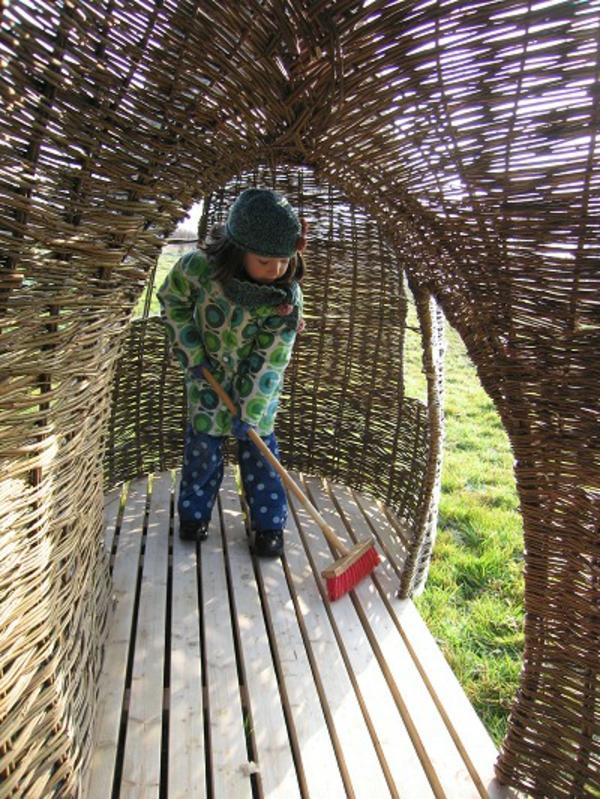 cabane-de-jardin-pour-enfant-design-éco