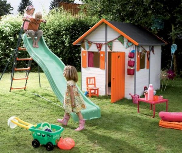 cabane-de-jardin-pour-enfant-maison-d'enfants-joyeuse