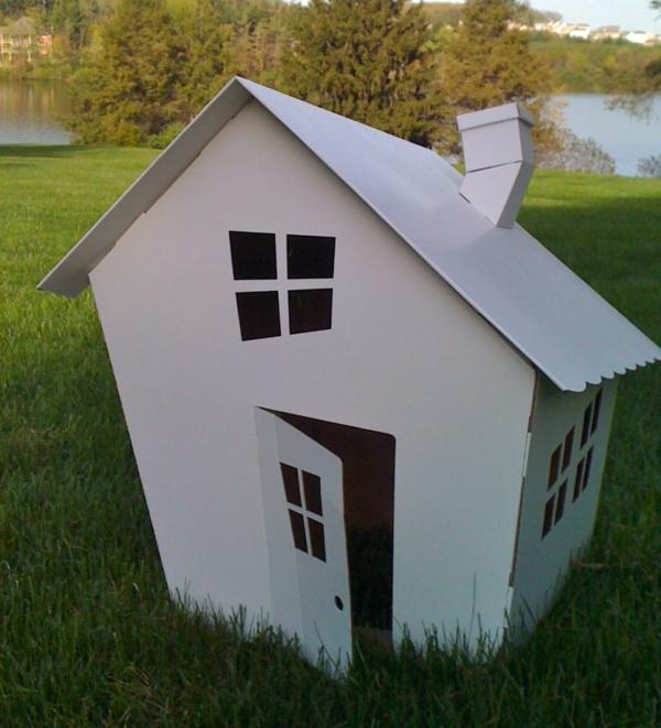 cabane-de-jardin-pour-enfant-maisonnette-blanche