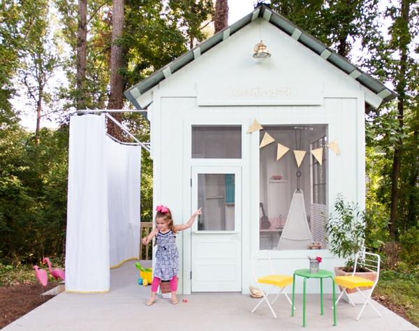 cabane-de-jardin-pour-enfant-petite-maison-blanche