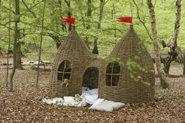 cabane-de-jardin-pour-enfant-une-cabane-type-château