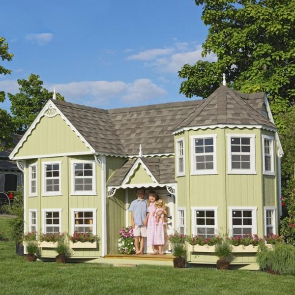 La cabane de jardin pour enfant est une id e superbe pour votre jardin for Petite maison luxueuse