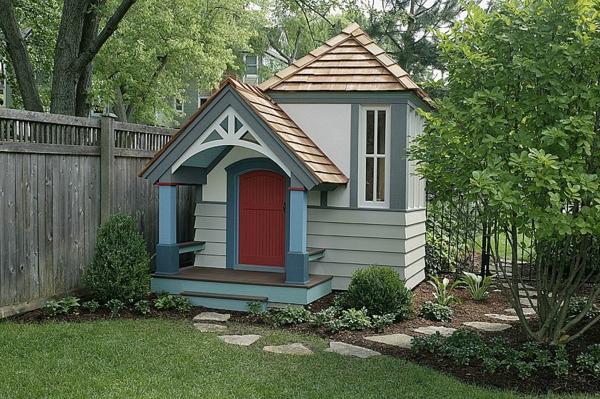 cabane-de-jardin-pour-enfant-une-maisonnette-jolie-élégante
