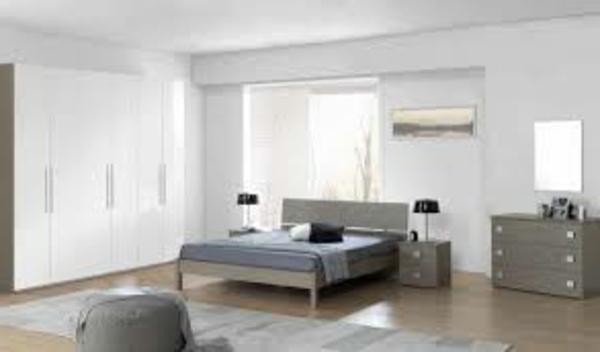 chambre-a-coucher-complete-mur-en-blanc-meuble-en-gris-cool-et-un-sol