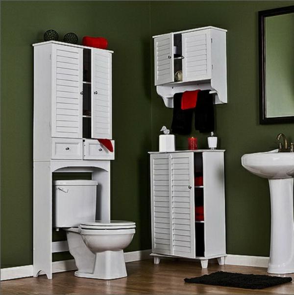 cool-design-du-wc-en-blanc-avec-des-meuble-rétro-pour-une-salle-de-bain-cosy