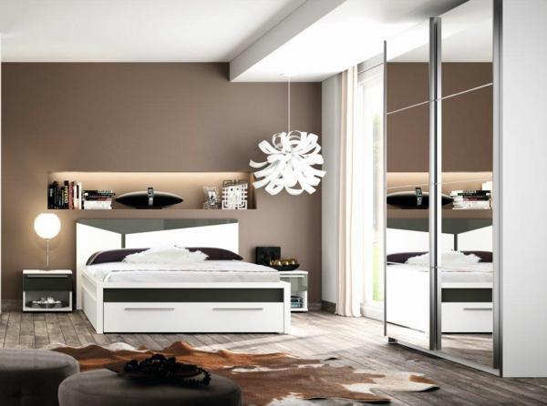 cool-design-pour-vore-chambre-à-coucher-ave-un-cuir-et-un-lit