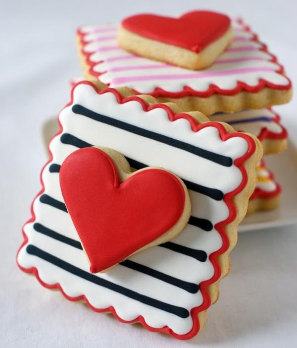 cool-idée-de-décoration-de-gateau-avec-des-ceur-de-st-valentin