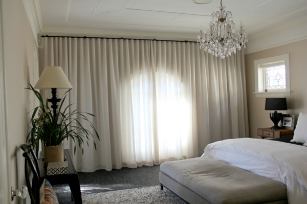 cool-idée-pour-la-chambre-à-coucher-en-blanc-qvec-une-décoration-unique