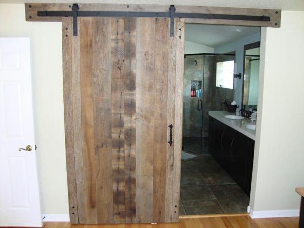 la porte coulissante pour la salle de bain. Black Bedroom Furniture Sets. Home Design Ideas