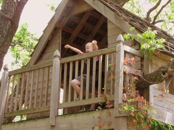Une cabane dans les arbres pour votre enfant - Casa sull albero da costruire ...