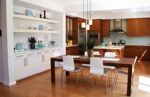 cuisine-ouverte-sur-la-salle-à-manger-étagères-blanches