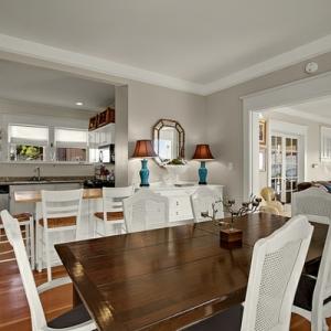 La cuisine ouverte sur la salle à manger - 55 photos
