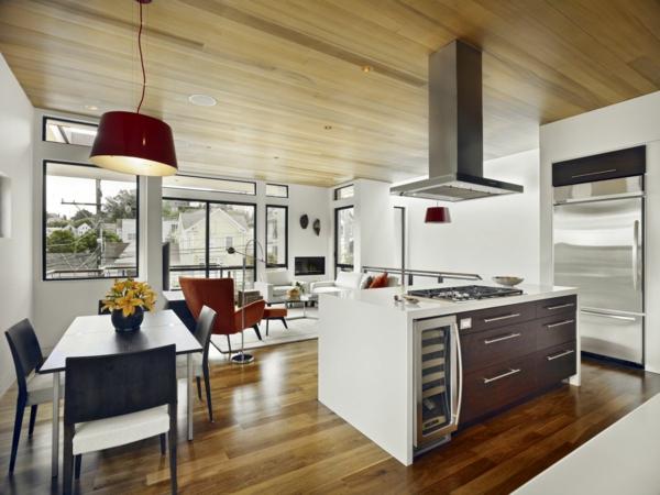 cuisine-ouverte-sur-la-salle-à-manger-plafond-et-sol-stratifié