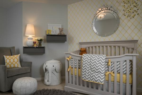 décoration-chambre-bébé-chambre-grise-tabouret-éléphant