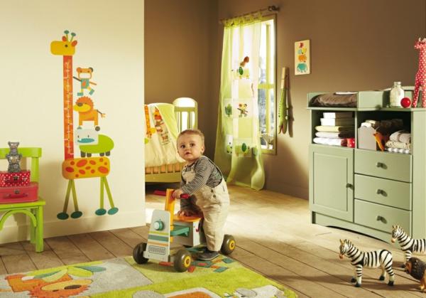décoration-chambre-bébé-déco-verte