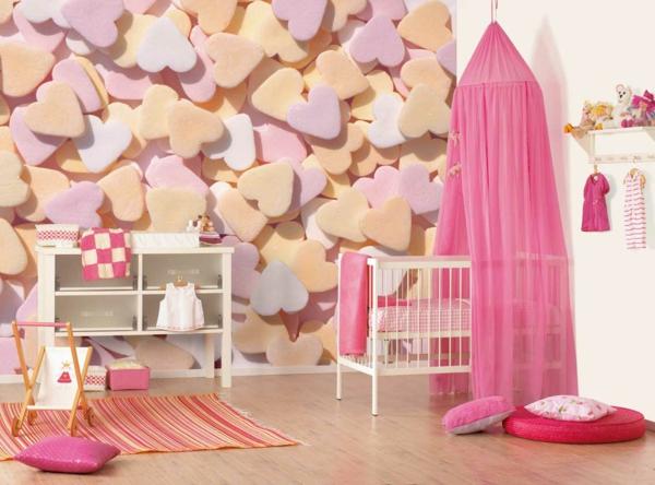 décoration-chambre-bébé-rideau-de-lit-rose-un-mur-déco-coeurs-roses