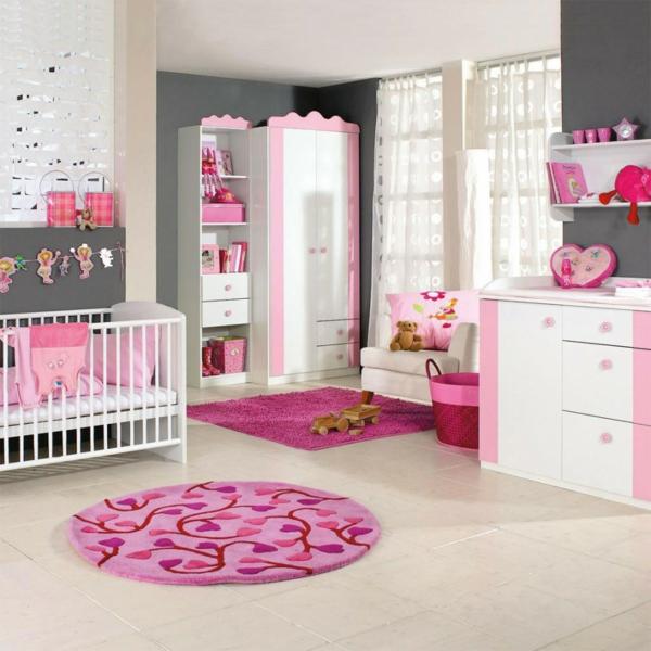 décoration-chambre-bébé-tapis-splendide-motifs-floraux