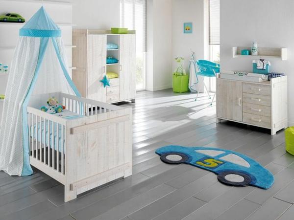 décoration-chambre-bébé-une-chambre-garçon-fantastique-tapis-voiture-bleu