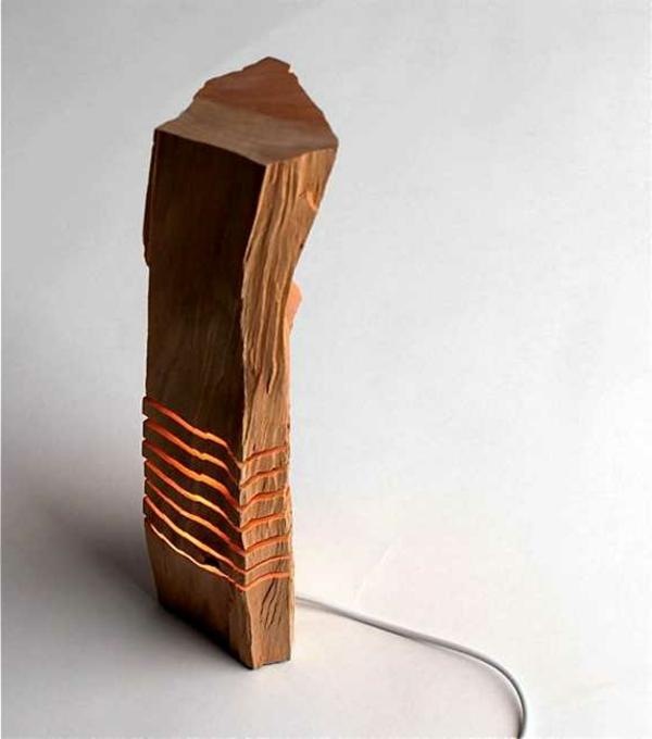 design-du-lampe-en-bois-floté